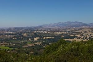 Ein Blick über die Landschaft auf dem Weg nach Pismo Beach
